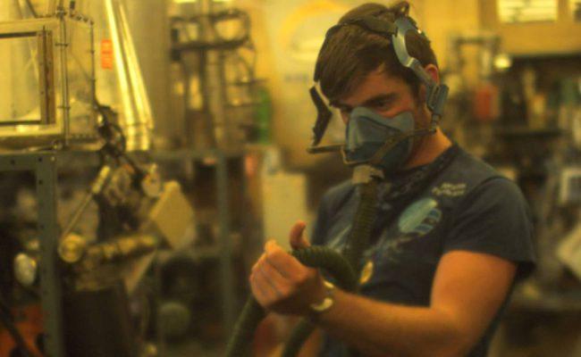 gas-mask-kopie_web_1434x600